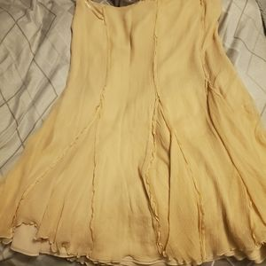 Gorgeous yellow skirt